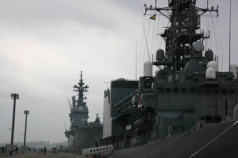 ヘリコプター搭載護衛艦 ひゅうが 函館寄港  11